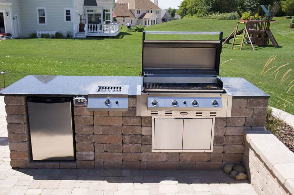 Wi Built In Outdoor Grill Whitefish Bay