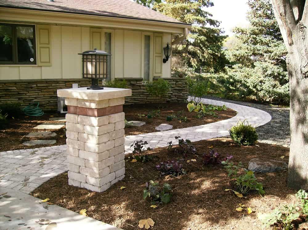 Faux Stone Landscape Edging